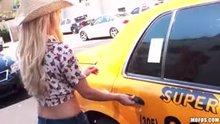 Cab driver gets a show