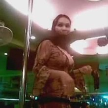 Hijabi arab shows butt and boobs in a dubai club