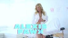 Alexis Fawx Sponge Bath
