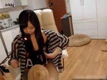 Thick BJ Ririseu 리리사 flashing her hairy pussy