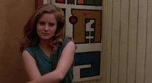 Jennifer Jason Leigh - MIC