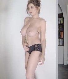 Tit grab