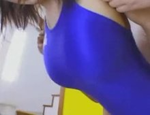Rio Hamasaki swimsuit titty bounce