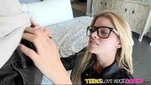 Jessa Rhodes can't believe her eyes!