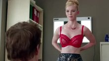 Betty Gilpin in Nurse Jackie