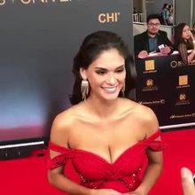 Miss Universe 2015, Pia Wurtzbach, in her hot red dress on the red carpet