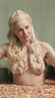 Lucy Lawless tits in Spartacus (COLOUR-CORRECTED, CROPPED FOR MOBILE)